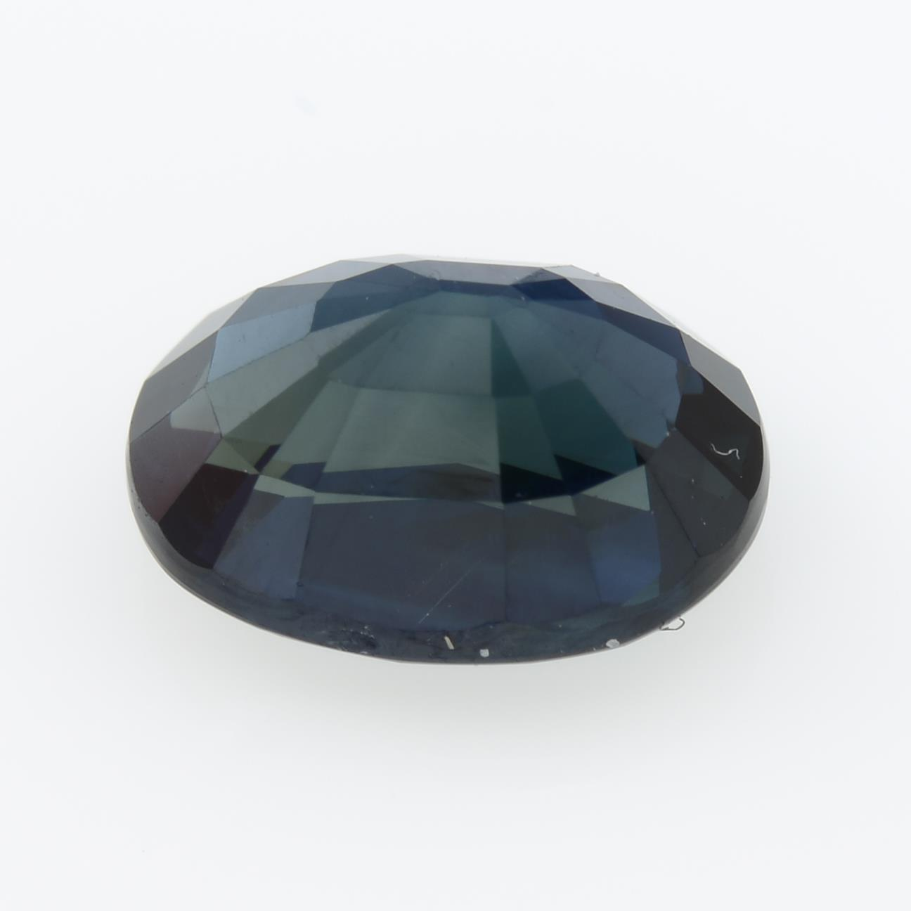 An oval-shape sapphire, weighing 2.10cts, measuring 8.30 by 6.01 by 4.56mms. - Image 2 of 3