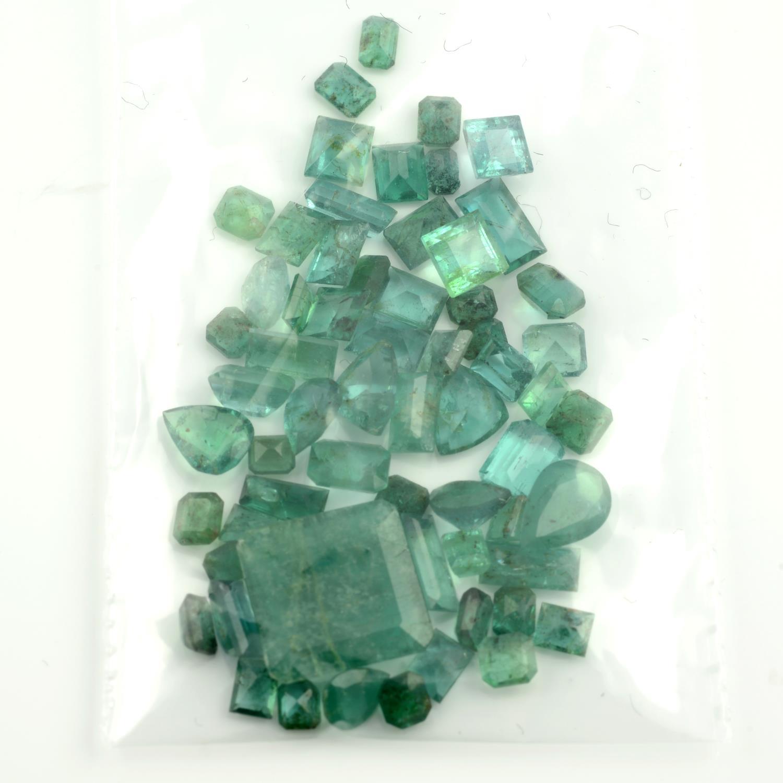A selection of vari-shape emeralds. - Image 2 of 2