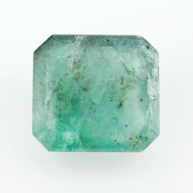 A rectangular shape emerald weighing 3.86ct.