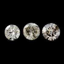Nine brilliant cut diamonds weighing 3.57cts total.