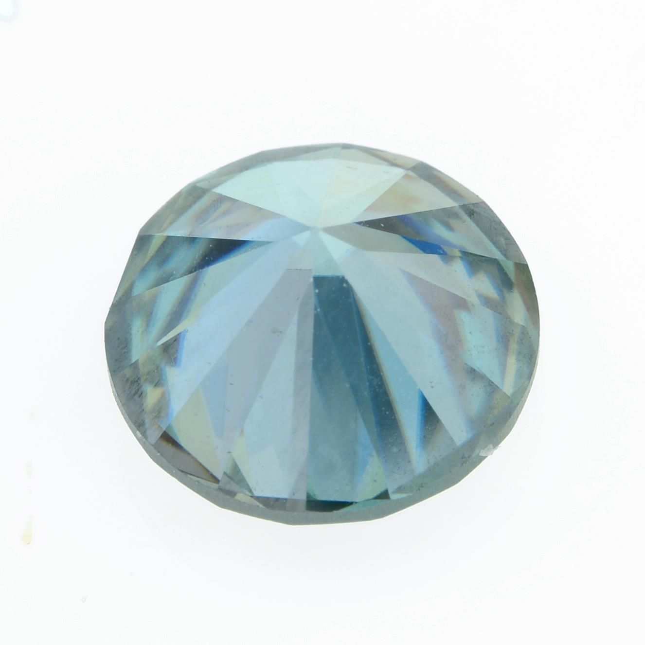 A circular-shape blue moissanite. - Image 2 of 2