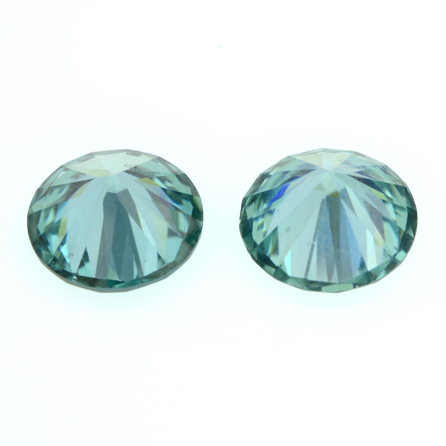 A pair of circular-shape green synthetic moissanite, total weight 6.48cts. - Image 2 of 2