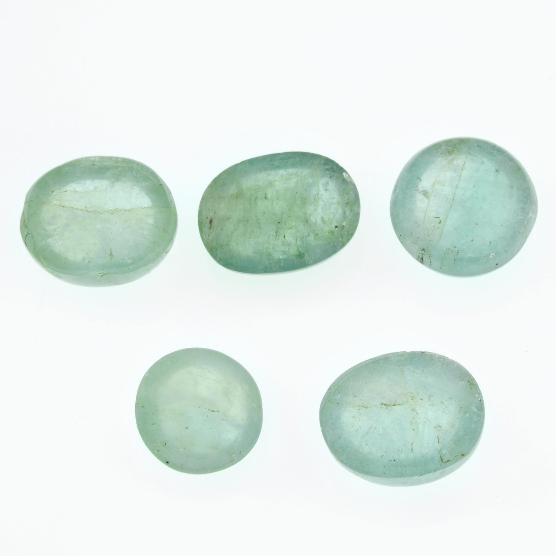 Five vari-shape emerald cabochons. - Image 2 of 2