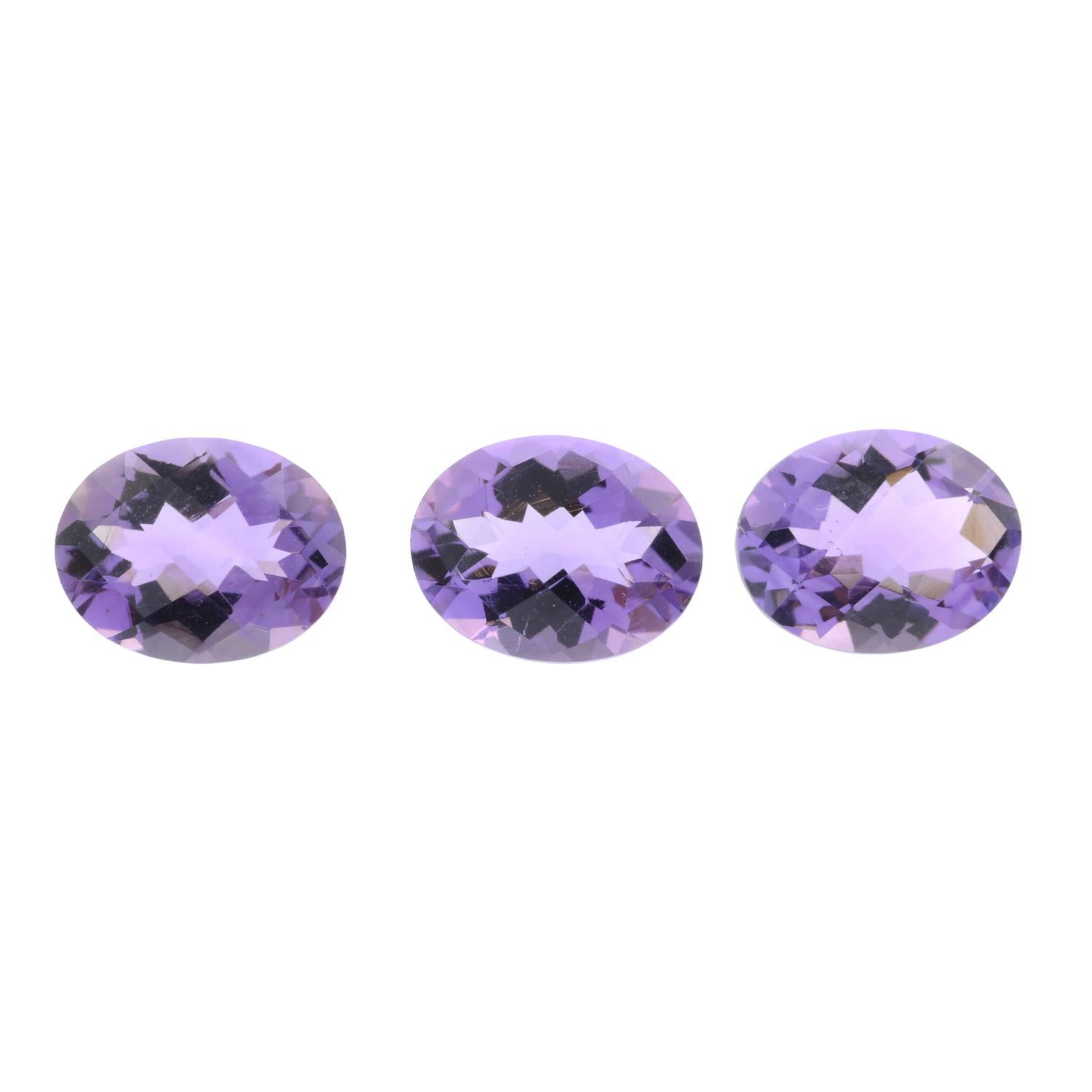 Ten oval-shape amethysts, total weight 15cts.