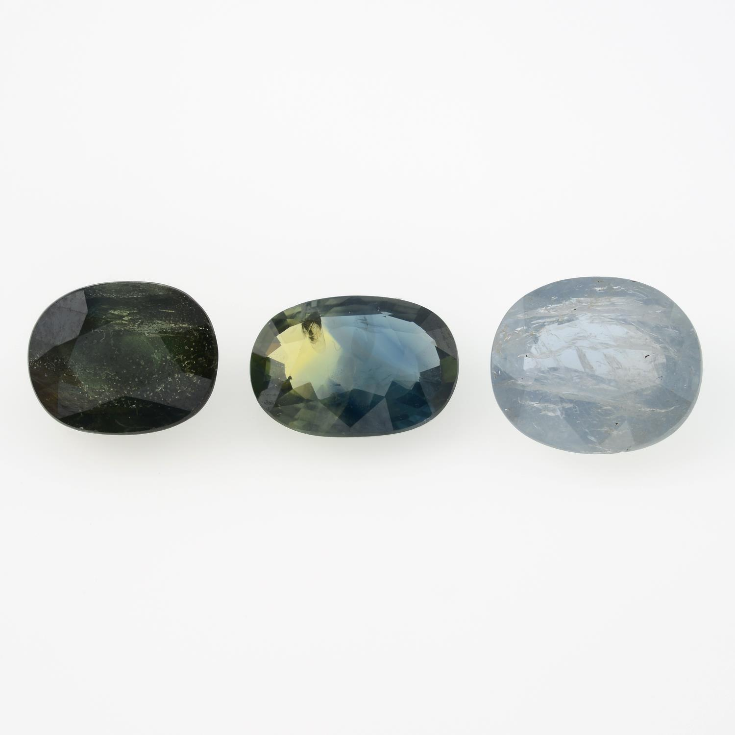 Three oval-shape sapphires, weighing 11.41cts.