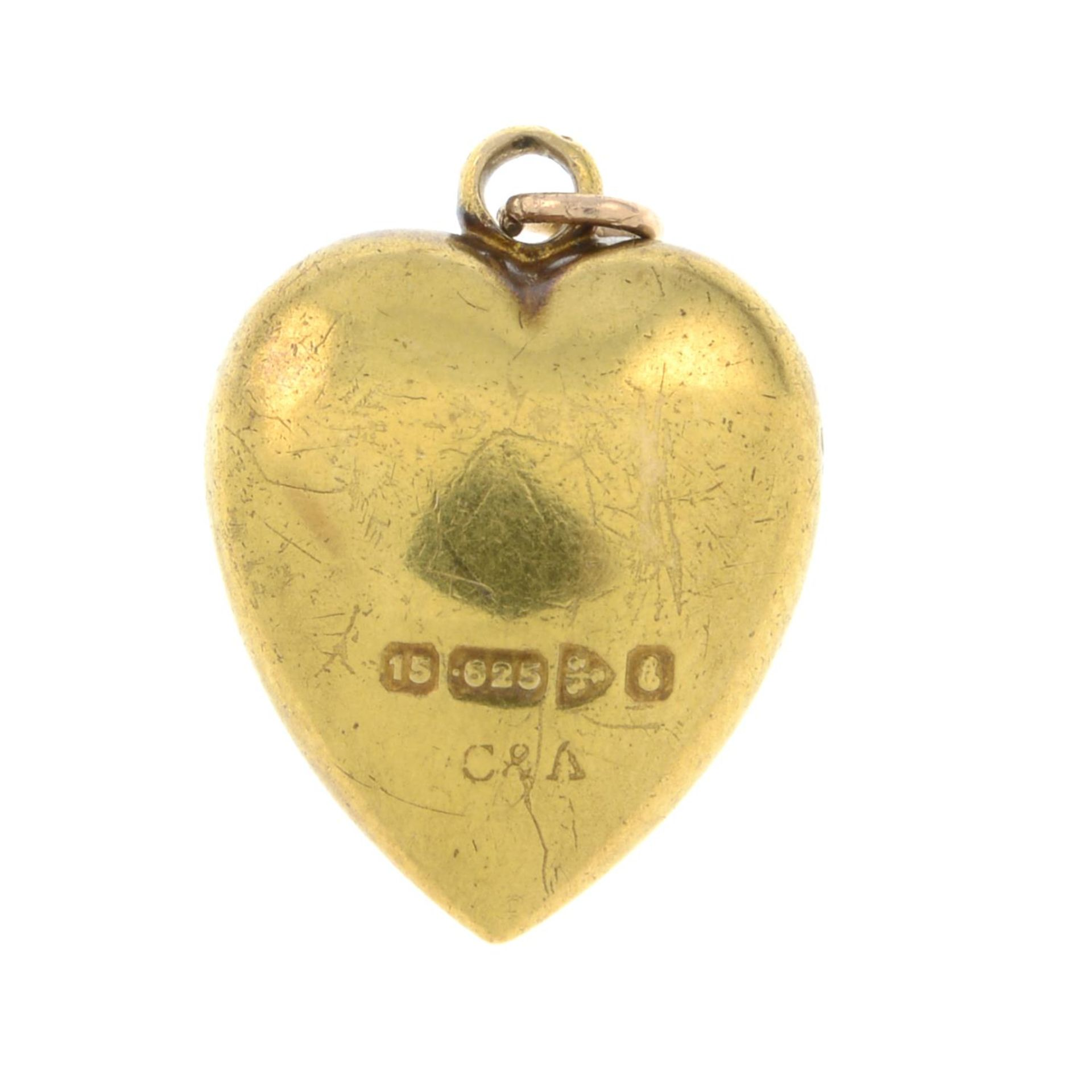 An Edwardian 15ct gold opal heart pendant.Hallmarks for Chester, 1905. - Bild 2 aus 2