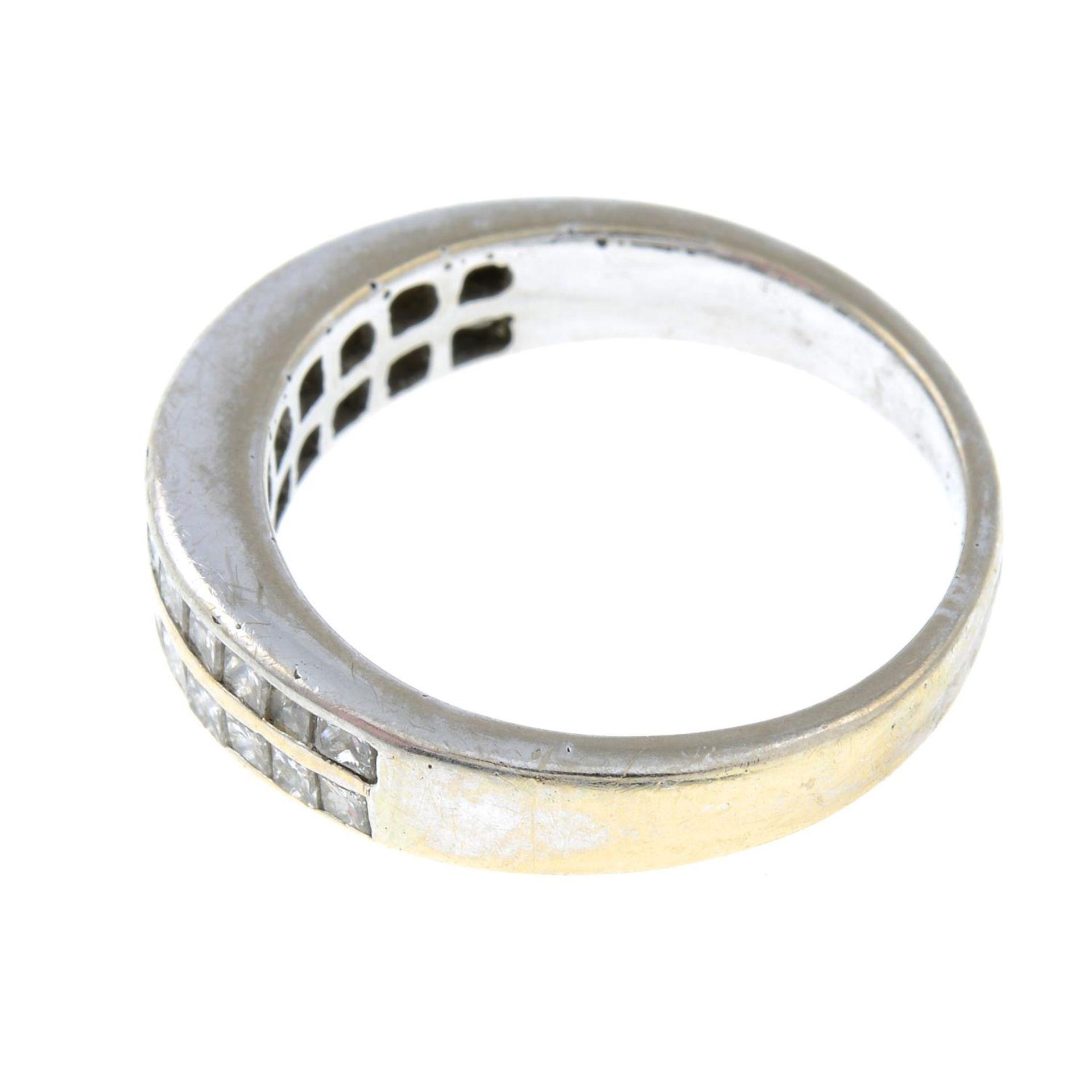 A brilliant-cut diamond two-row half eternity ring.Estimated total diamond weight 0.6c0t. - Bild 2 aus 3