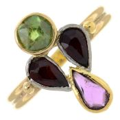A vari-hue garnet ring.Ring size P.