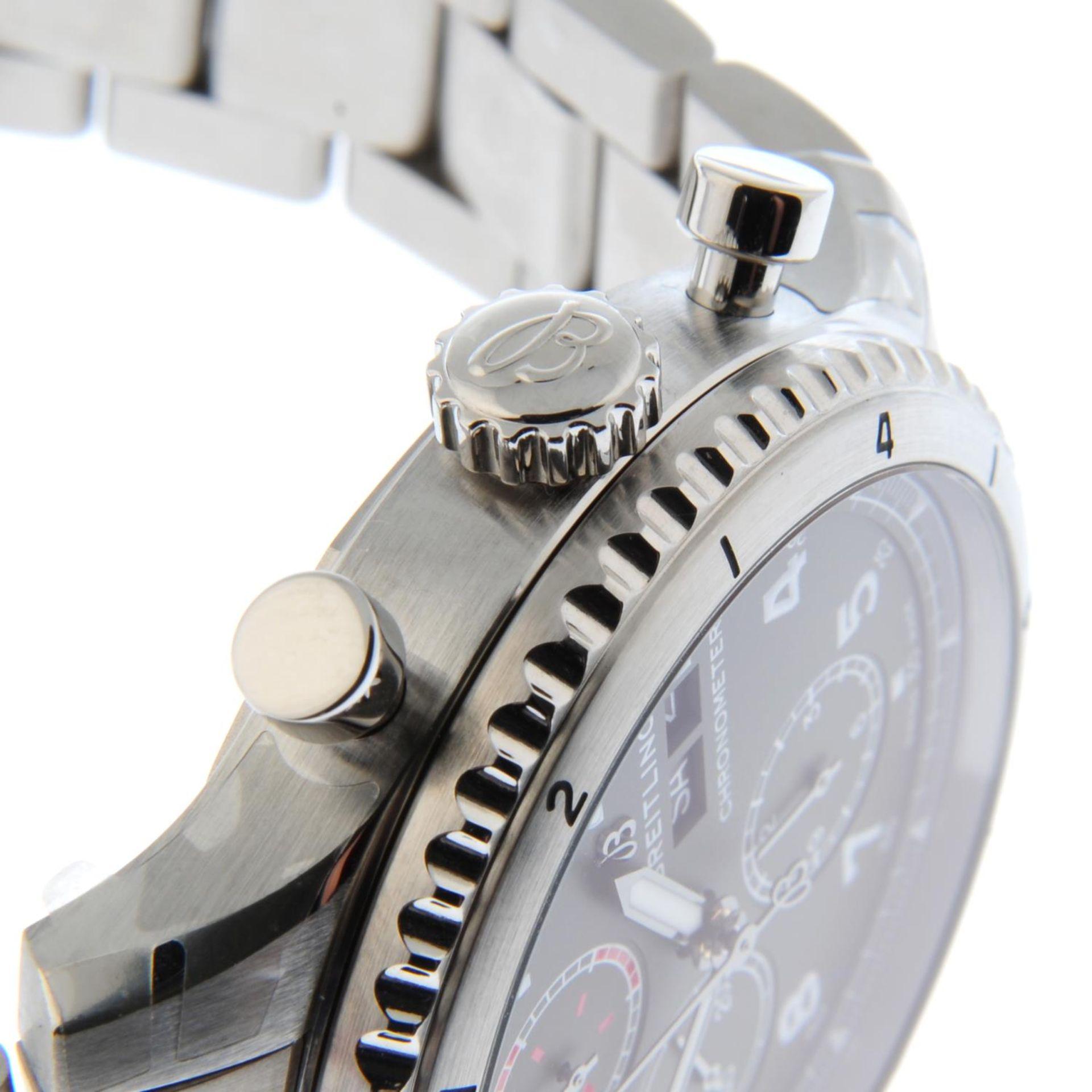CURRENT MODEL: BREITLING - an Aviator 8 chronograph bracelet watch. - Bild 5 aus 6