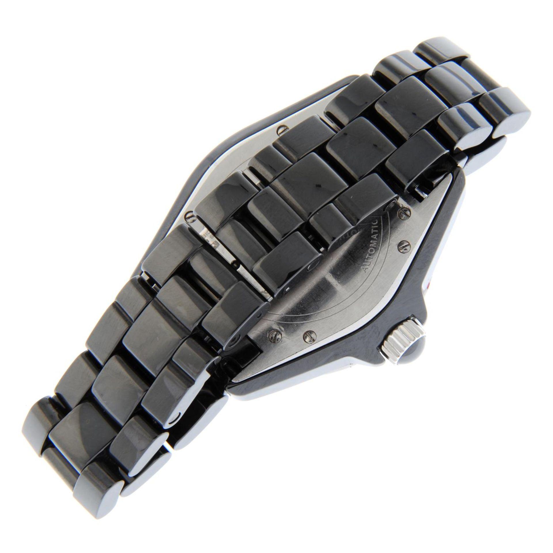 CHANEL - a J12 bracelet watch. - Bild 2 aus 5