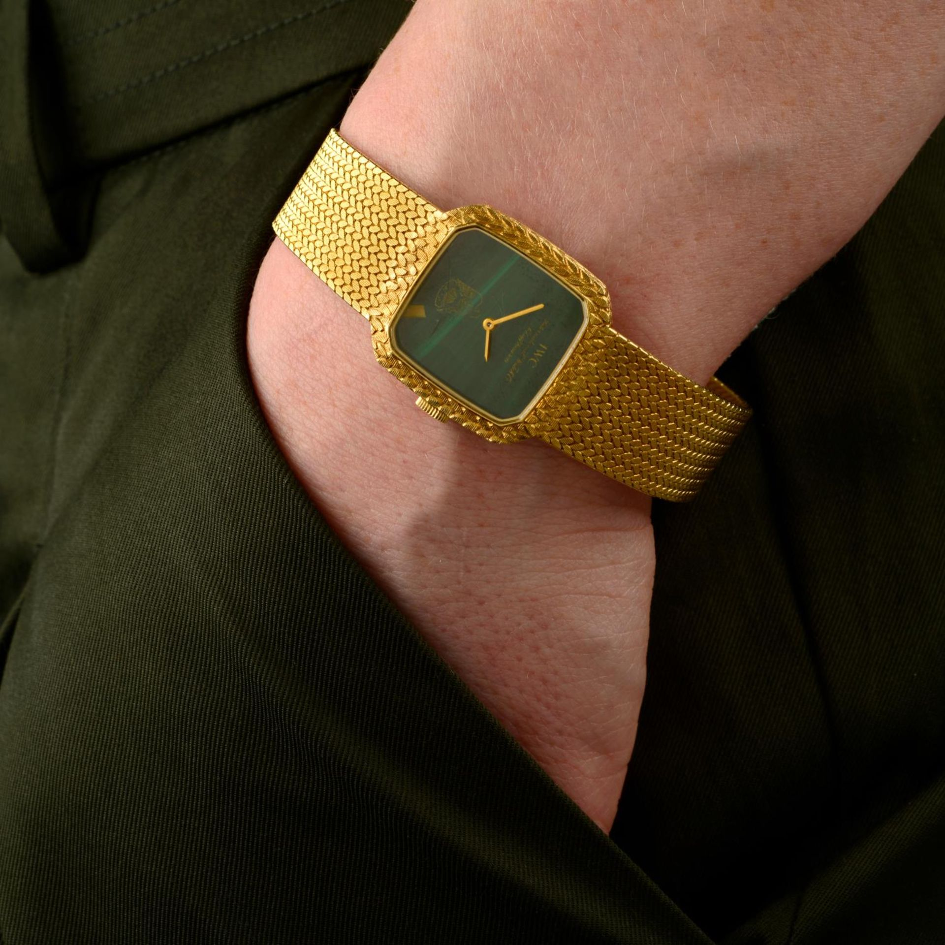 IWC - a bracelet watch. - Bild 3 aus 5