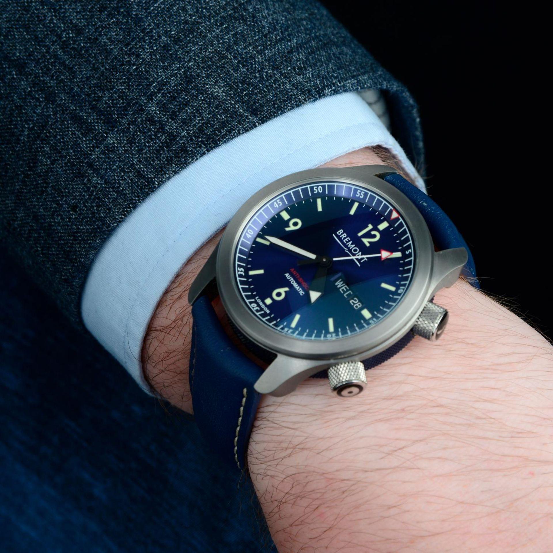 BREMONT - a U2 wrist watch. - Bild 3 aus 6