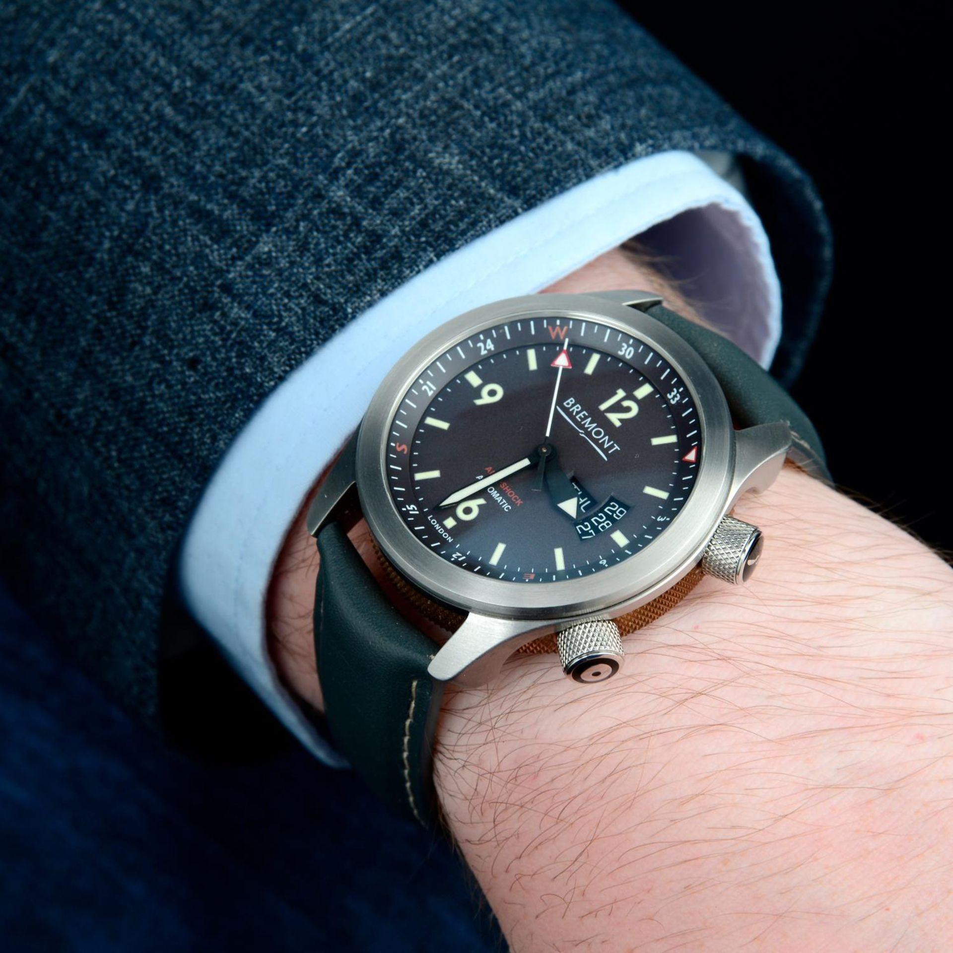 CURRENT MODEL: BREMONT - a U22 wrist watch. - Bild 3 aus 6