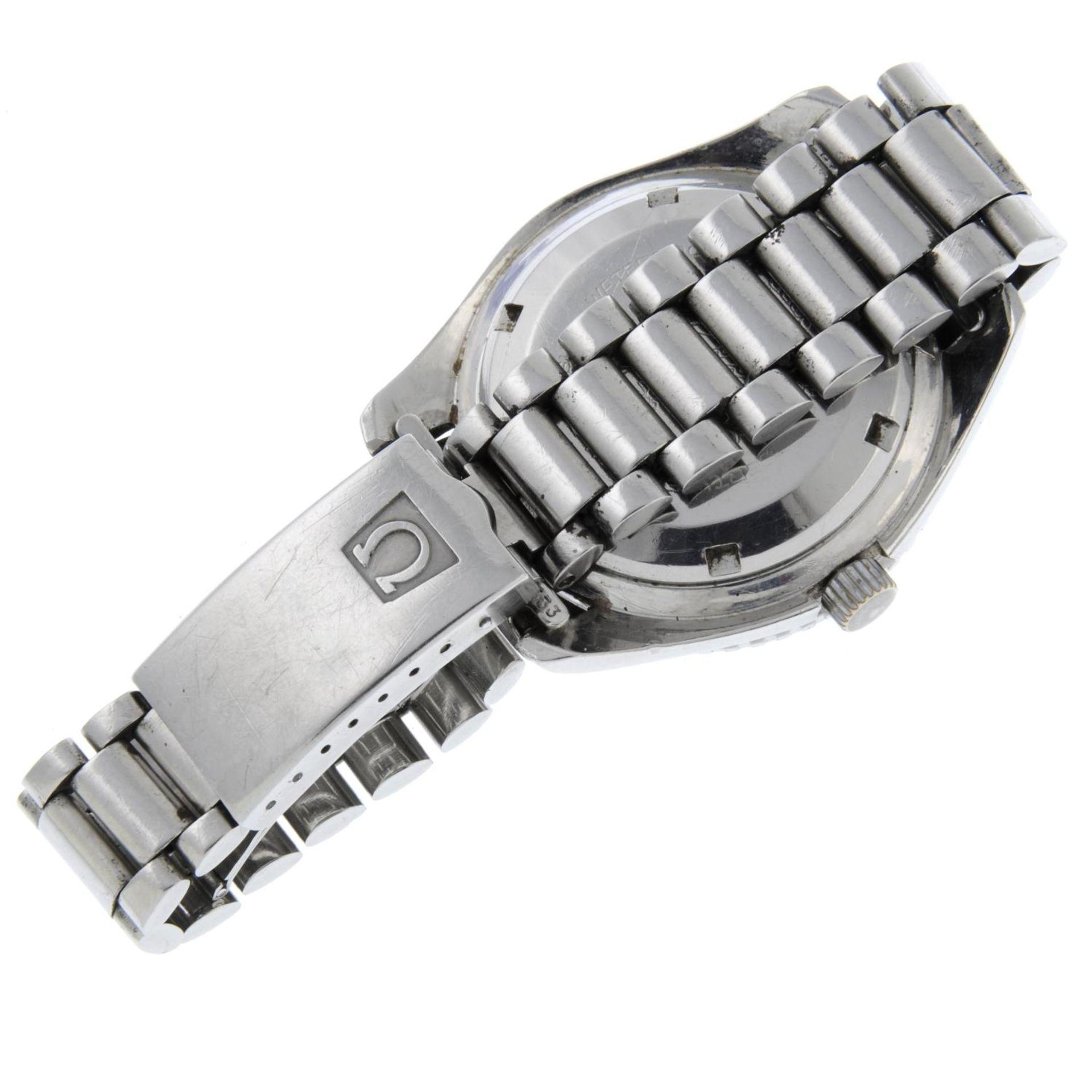 OMEGA - a Seamaster 300 'Big Triangle' bracelet watch. - Bild 2 aus 4