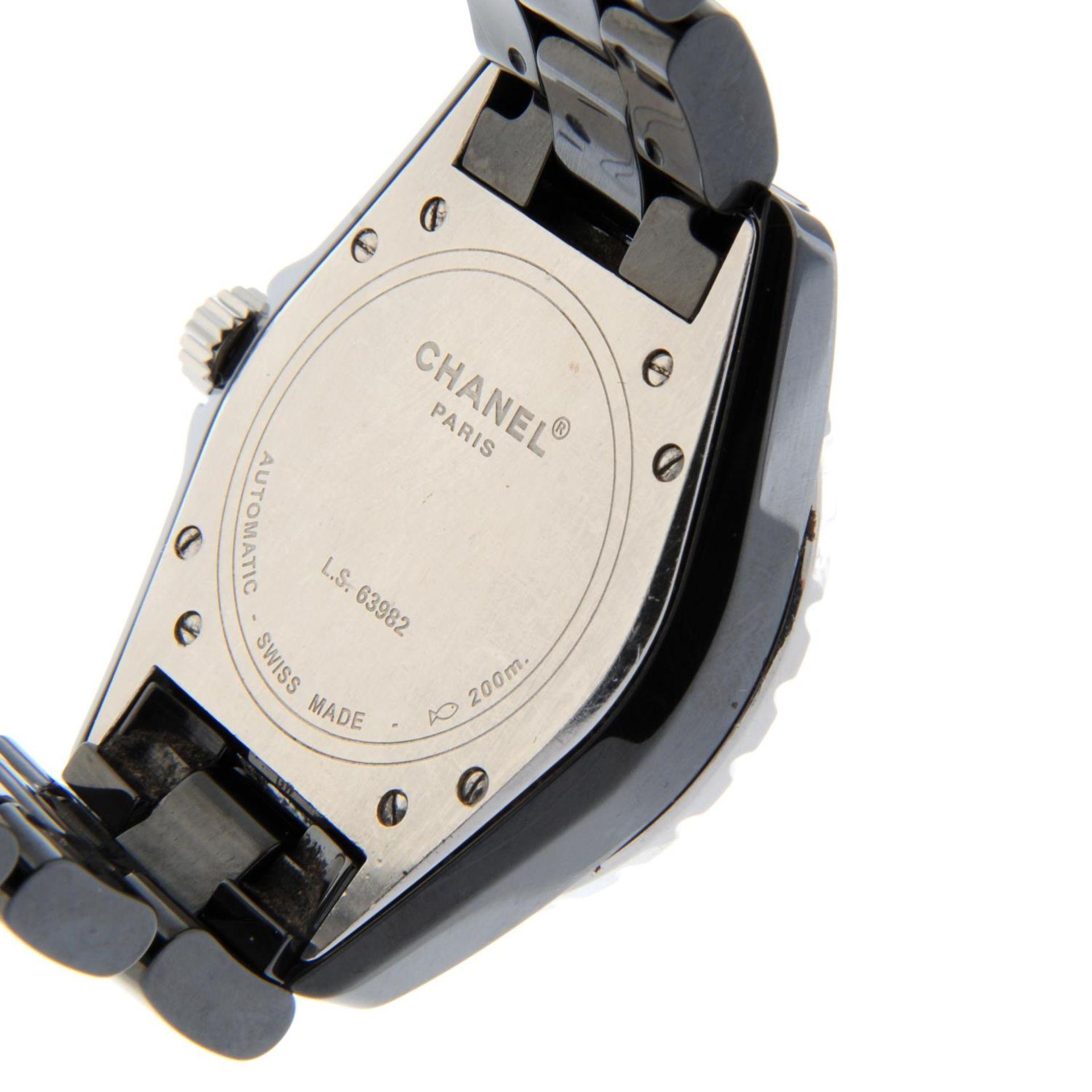CHANEL - a J12 bracelet watch. - Bild 5 aus 5