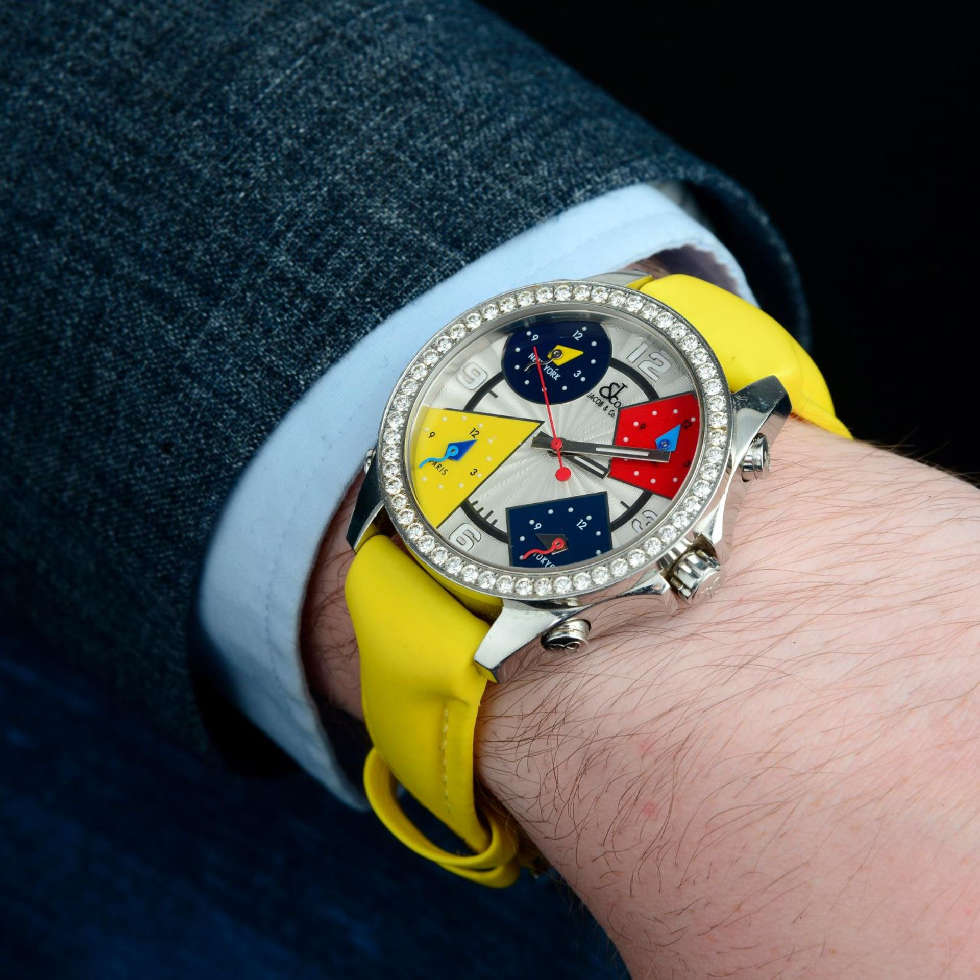 JACOB & CO. - a Five Time Zone wrist watch. - Bild 4 aus 8