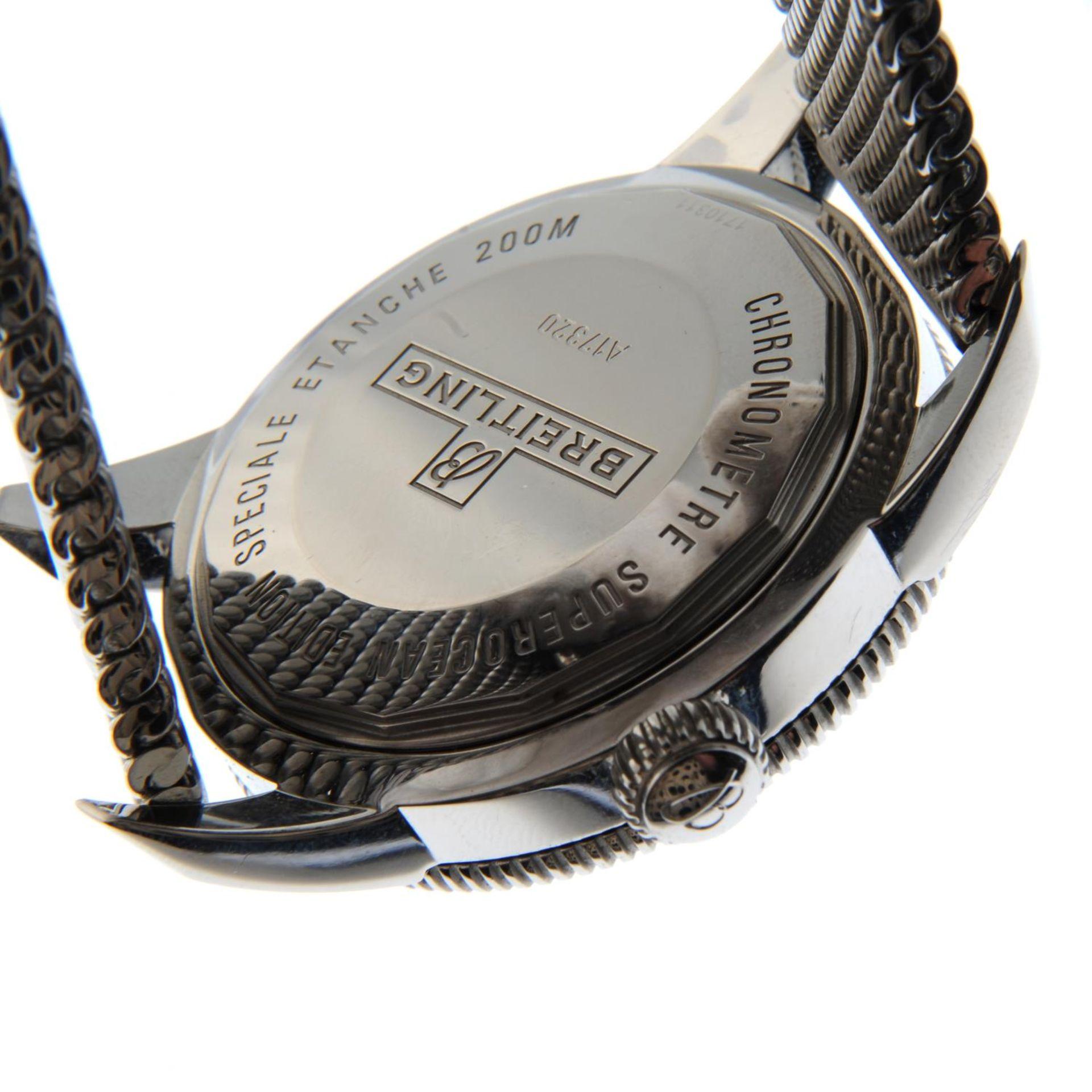 BREITLING - a SuperOcean Heritage 46 bracelet watch. - Bild 2 aus 6
