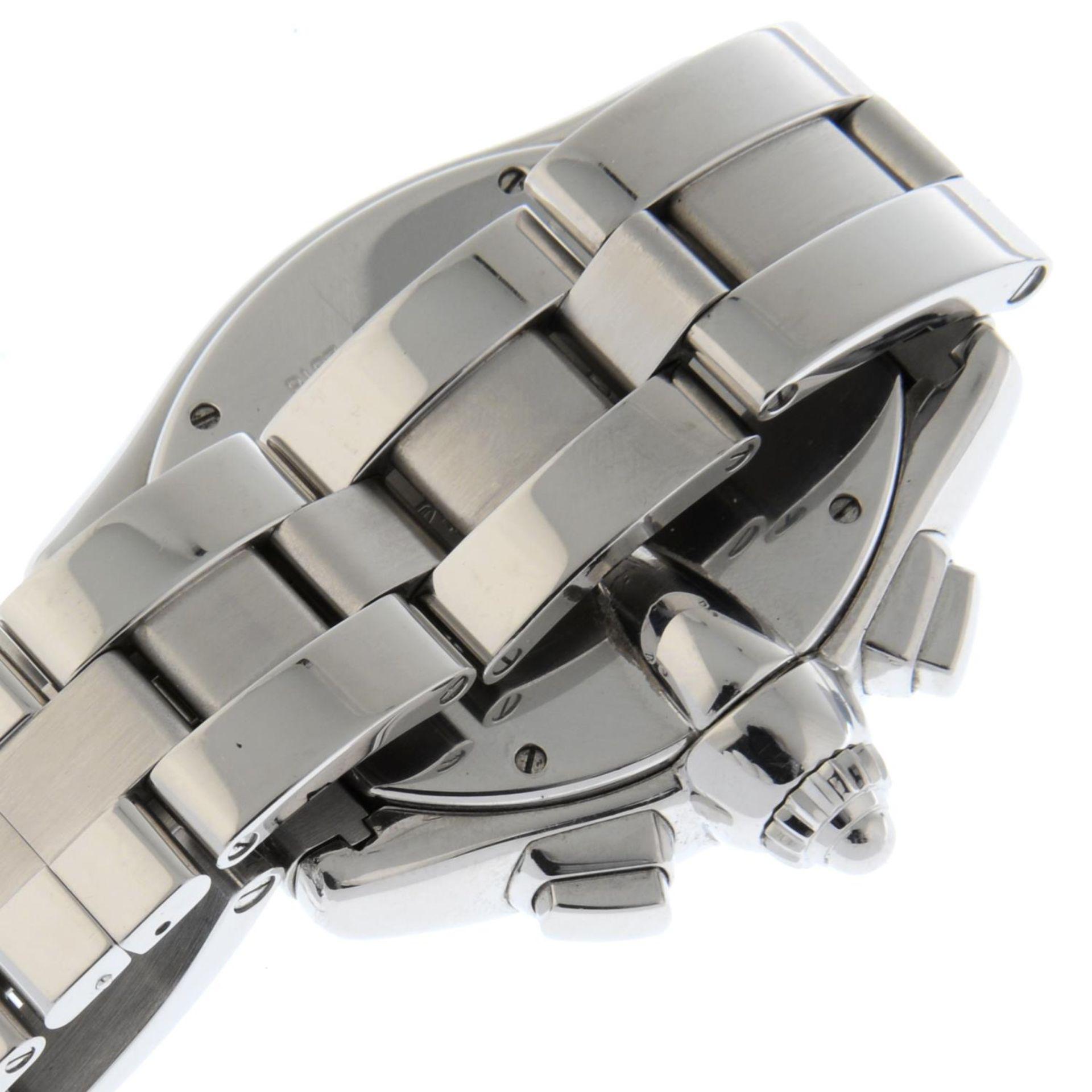 CARTIER - a Roadster XL chronograph bracelet watch. - Bild 2 aus 6
