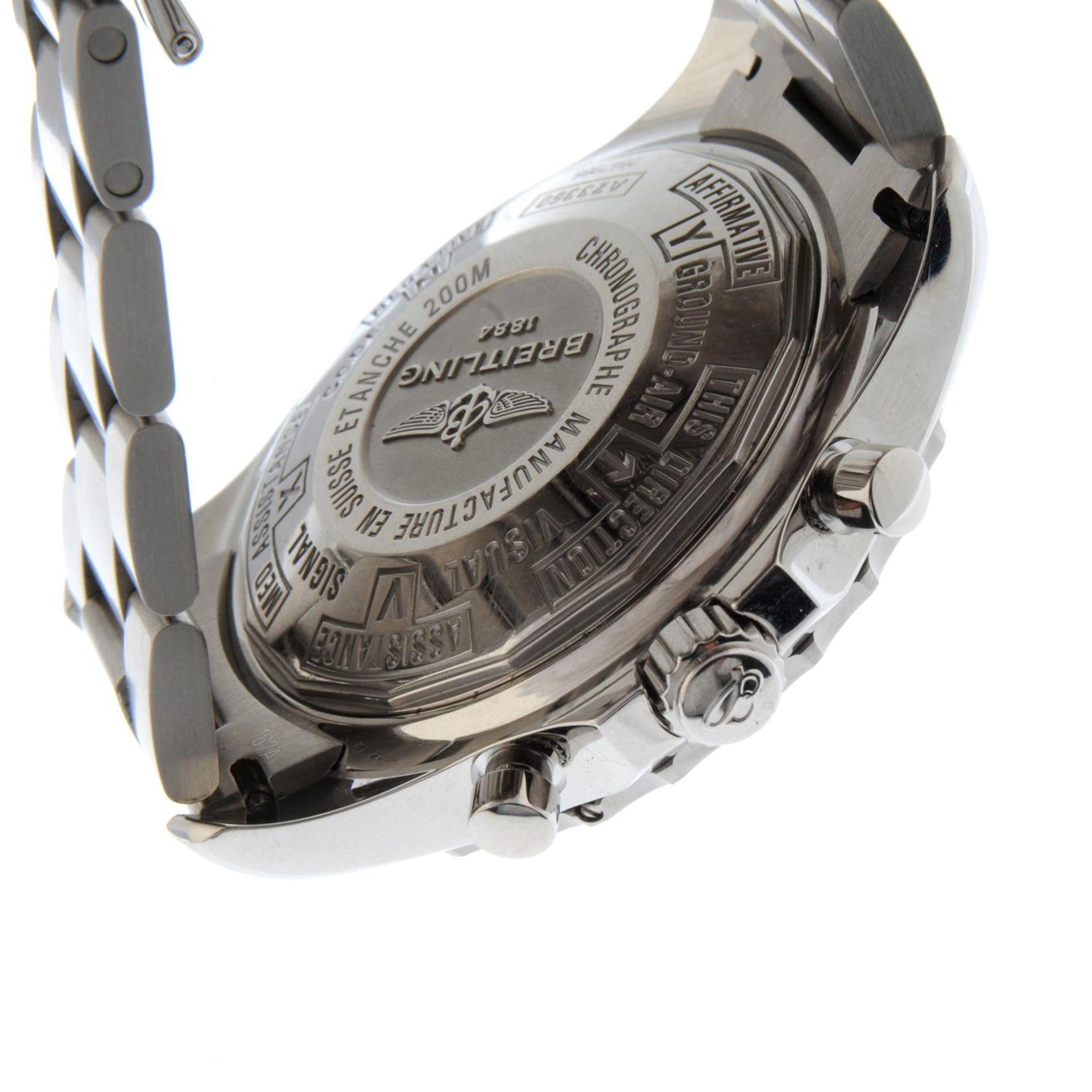 BREITLING - a Chronospace chronograph bracelet watch. - Bild 2 aus 5