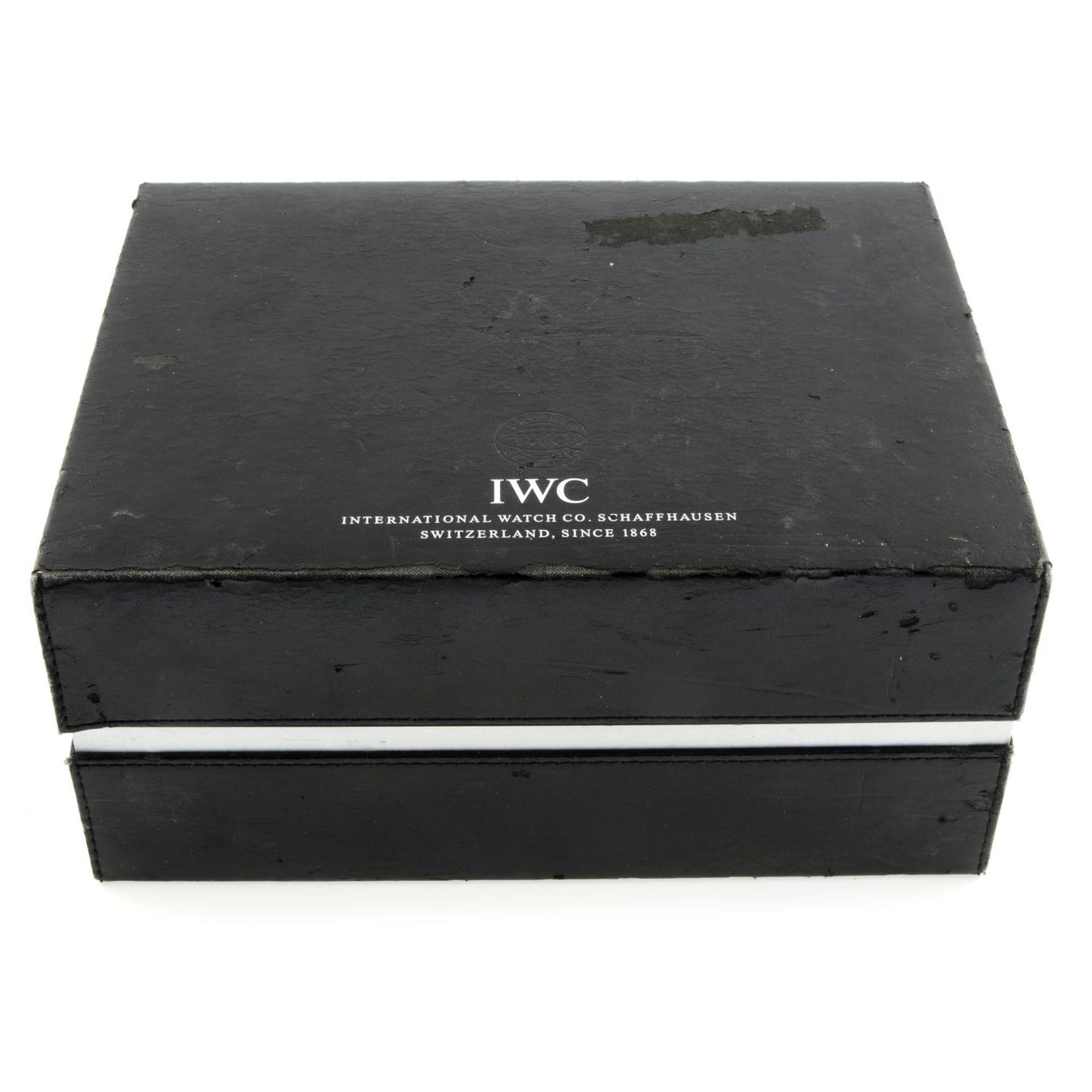 IWC - a Portuguese chronograph wrist watch. - Bild 4 aus 6