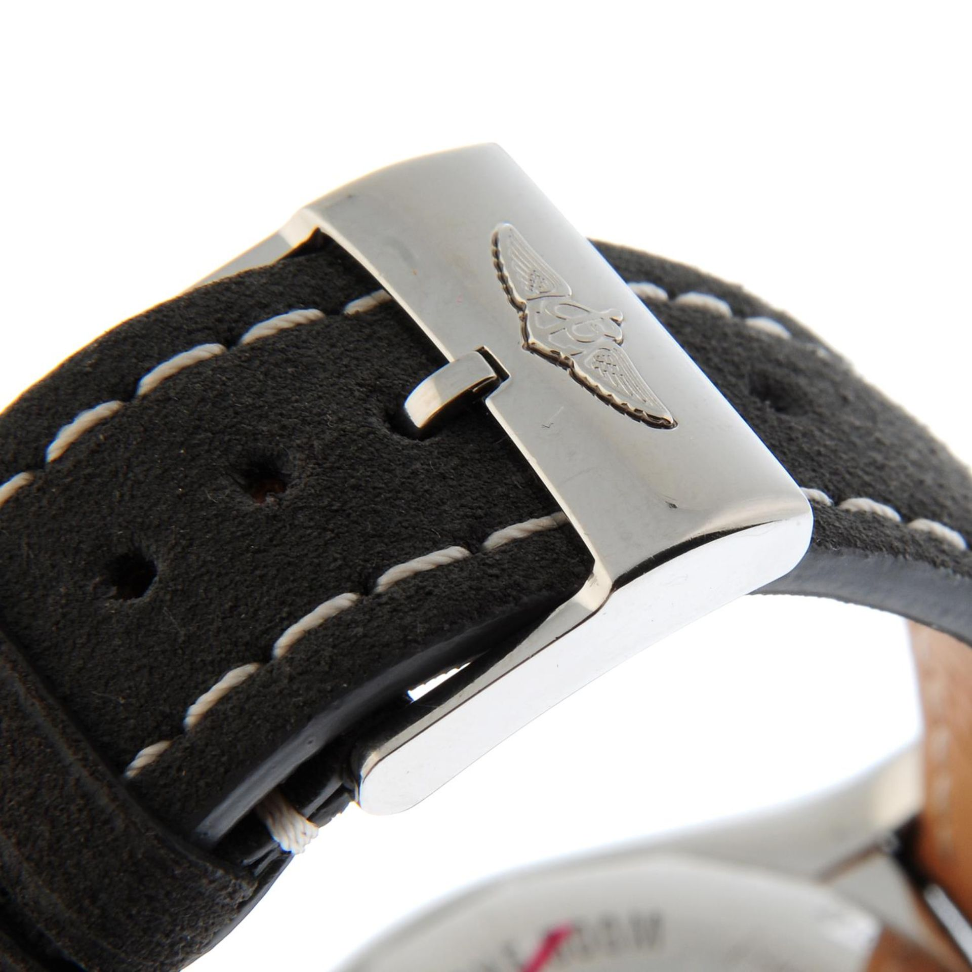 BREITLING - a Chronomat 44 chronograph wrist watch. - Bild 4 aus 5