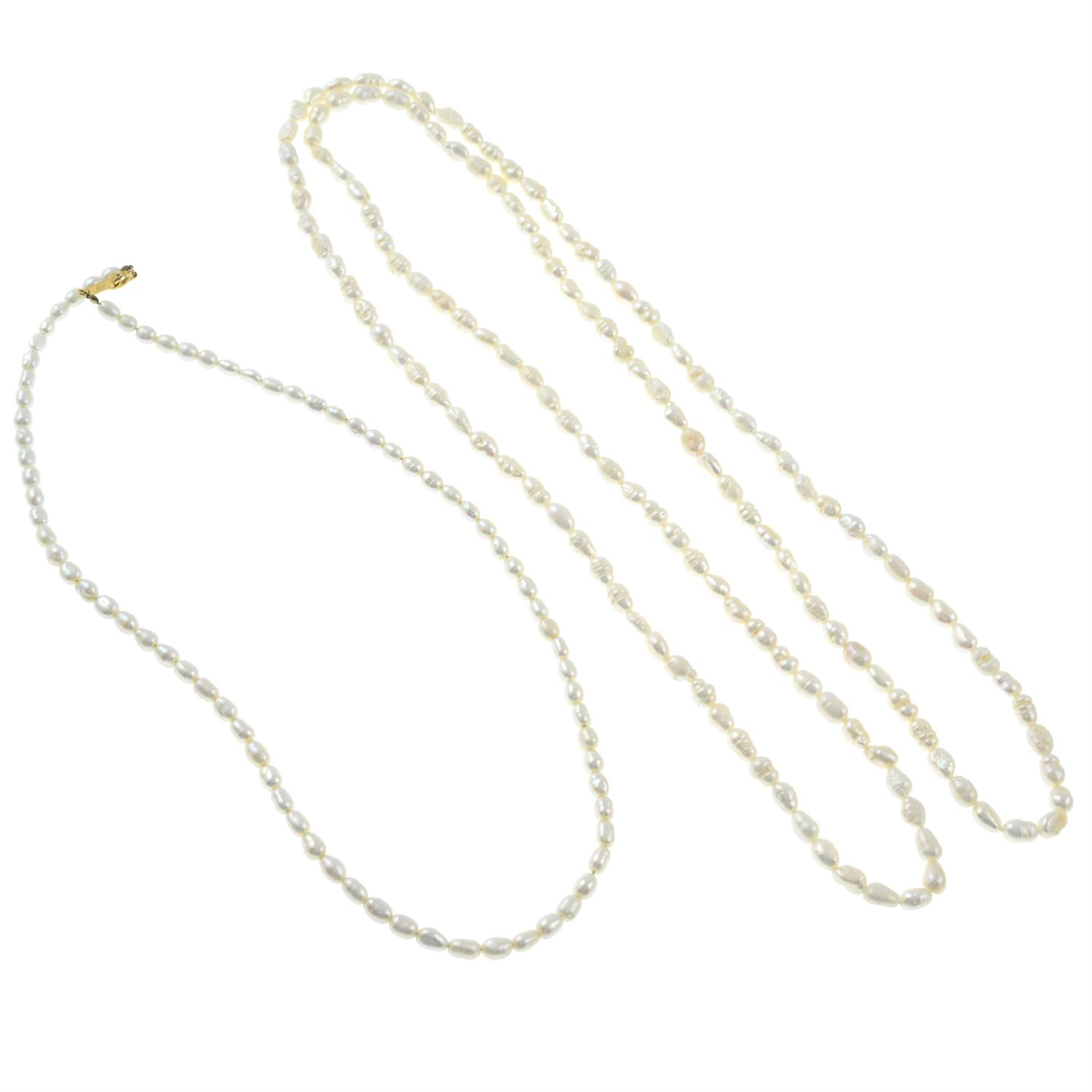 Two cultured pearl necklaces. - Image 2 of 2