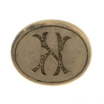 An early 20th century 9ct gold initial fob.