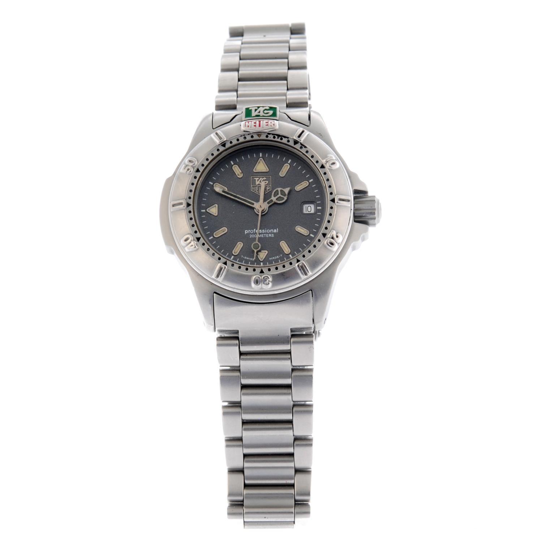 TAG HEUER - a 4000 Series bracelet watch.