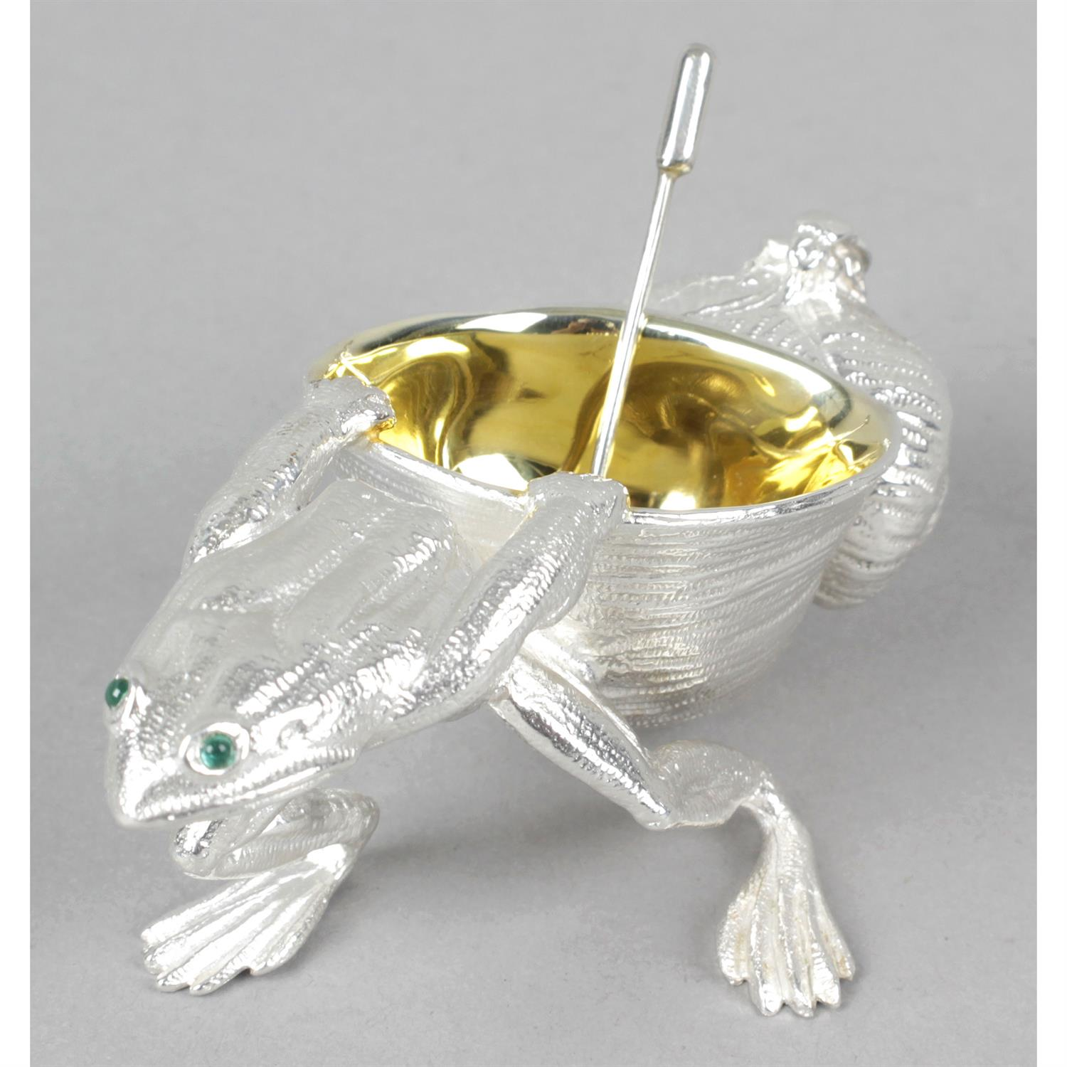 A novelty silver open salt modelled as a frog and shell. - Image 2 of 2