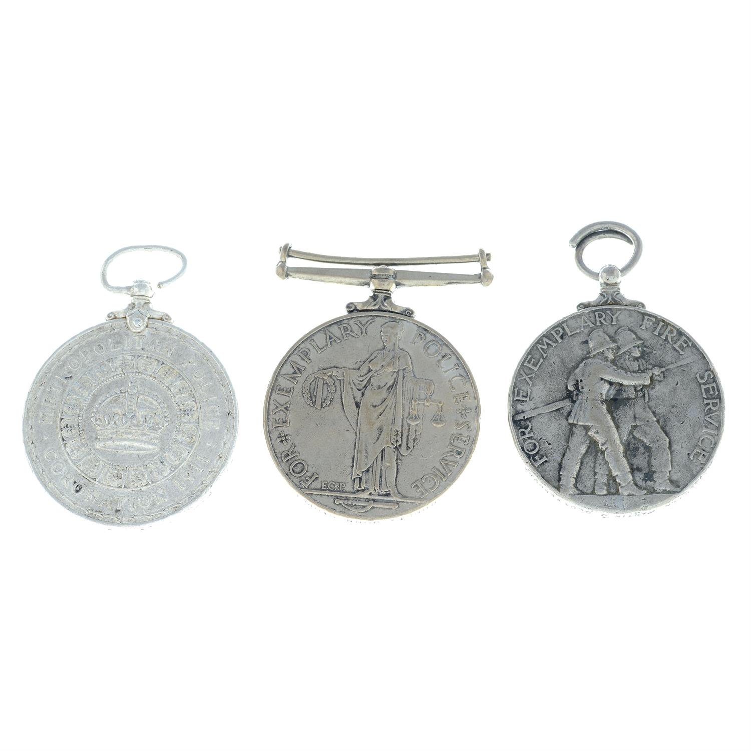 An assortment of civil medals, to include Police Long Service and Good Conduct medals, etc. (6). - Image 2 of 4