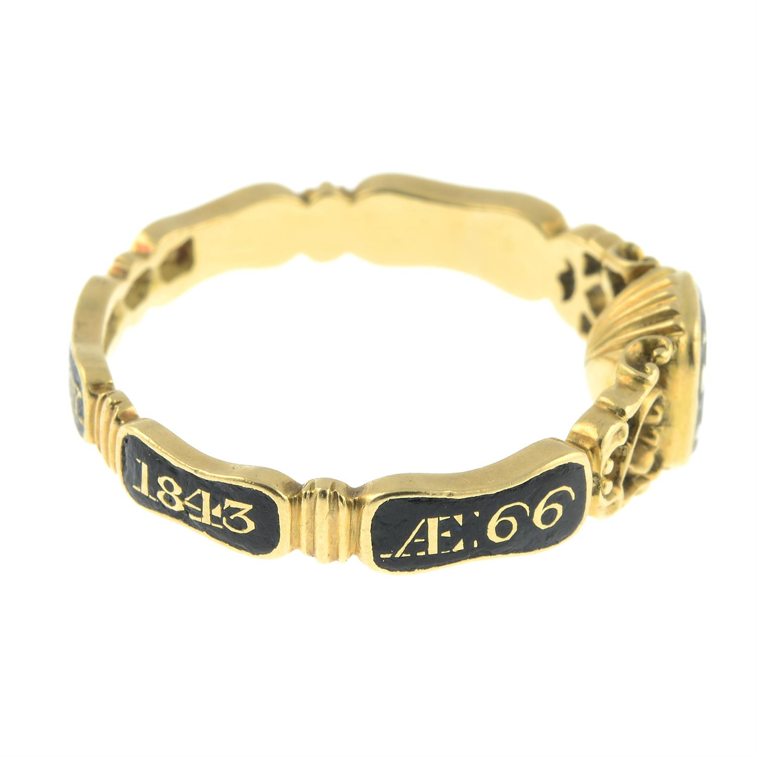 An early Victorian 18ct gold black enamel mourning ring, with pierced scrolling sides and woven - Image 5 of 7