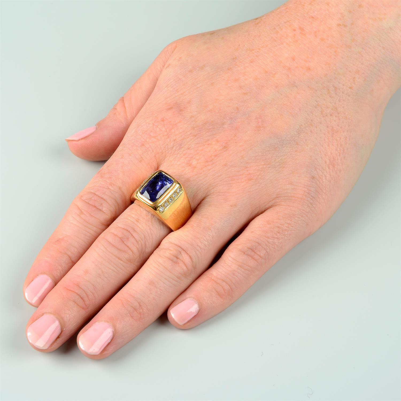 A Sri Lankan colour-change sapphire and brilliant-cut diamond ring. - Image 7 of 7