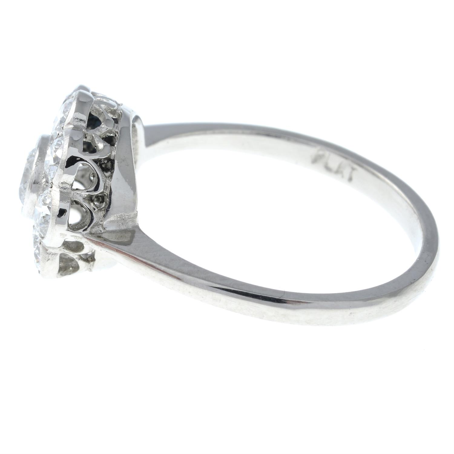 A brilliant-cut diamond floral cluster ring. - Image 3 of 6