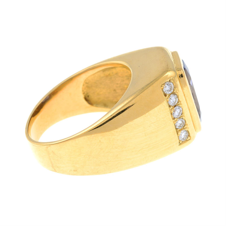 A Sri Lankan colour-change sapphire and brilliant-cut diamond ring. - Image 4 of 7