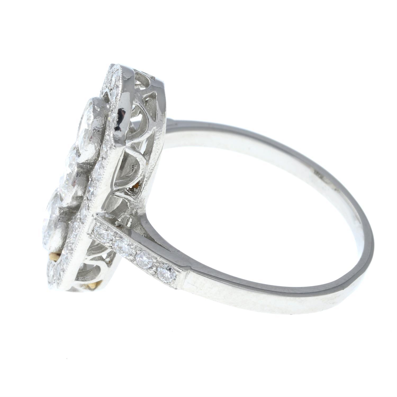 A brilliant-cut diamond ring. - Image 3 of 6