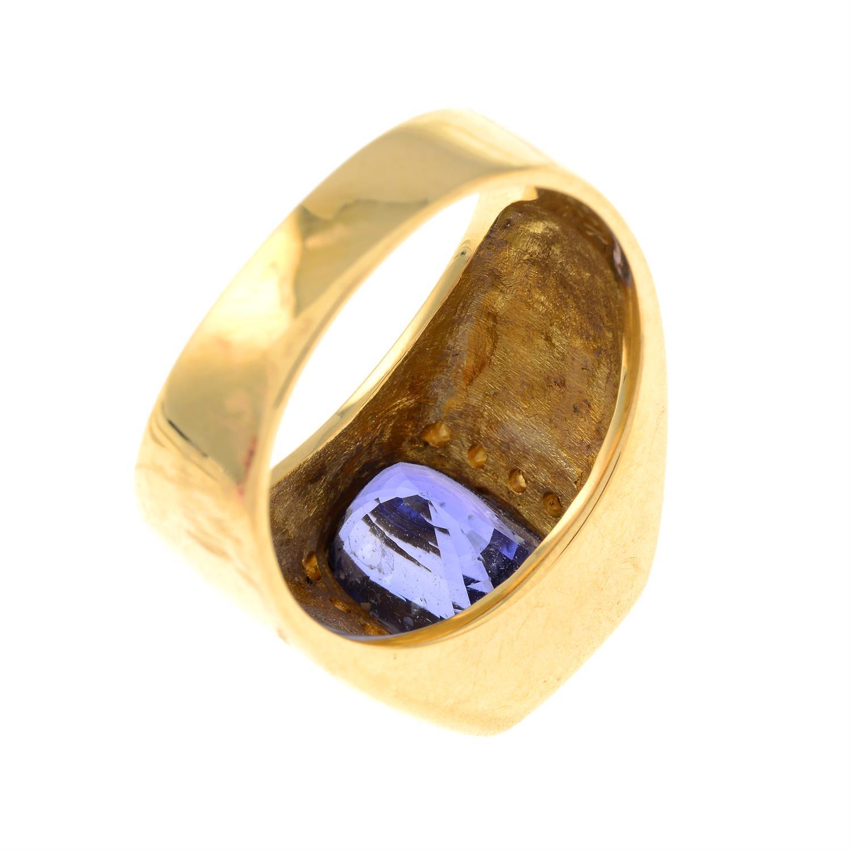 A Sri Lankan colour-change sapphire and brilliant-cut diamond ring. - Image 5 of 7