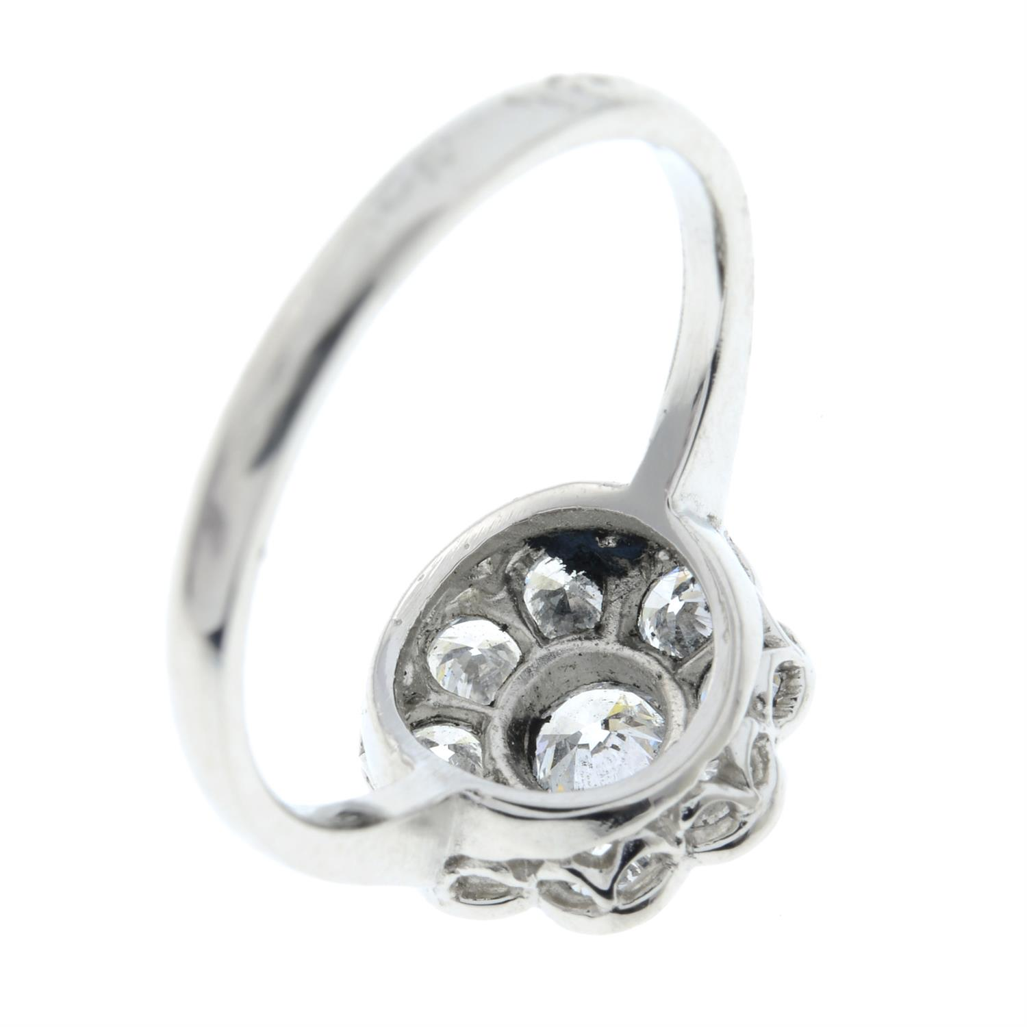 A brilliant-cut diamond floral cluster ring. - Image 5 of 6