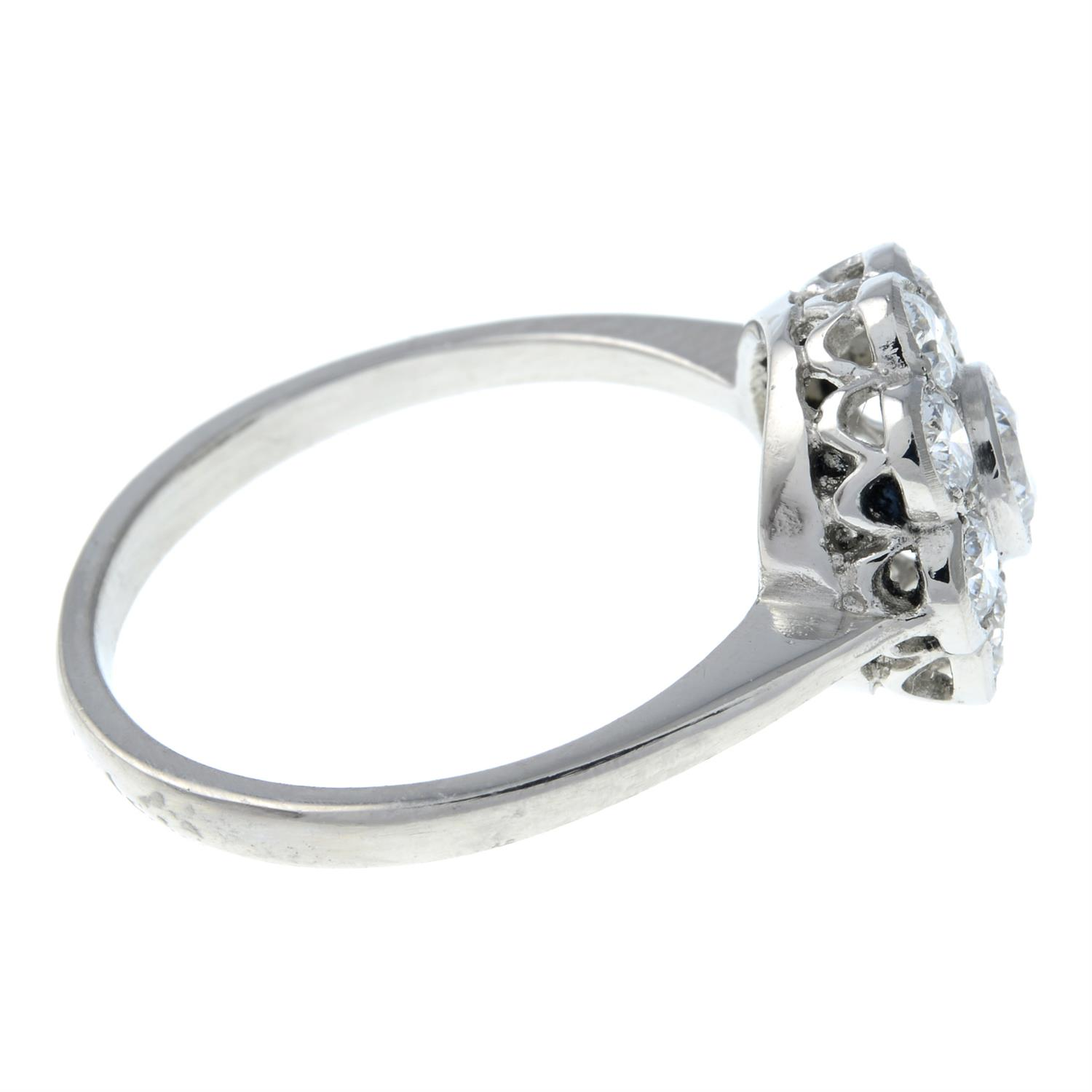 A brilliant-cut diamond floral cluster ring. - Image 4 of 6