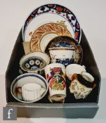 A collection of assorted early 20th Century cabinet china to include a Coalport vase, a W.H Goss