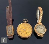 A late 19th Century 9ct key wind fob watch, Roman numerals to a gilt dial, case diameter 36m,