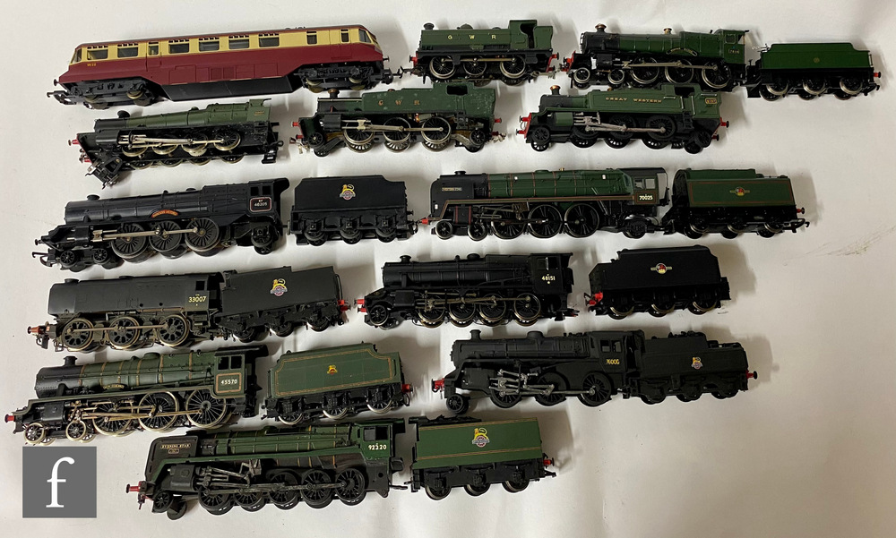 An assorted collection of OO gauge locomotives by Hornby, Lima and similar, to include Mainline 4-