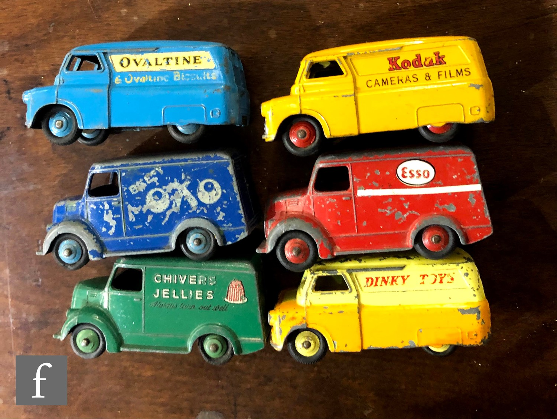 A group of Dinky diecast model vans, comprising 453 (31d) Trojan Van 'Beefy Oxo', 452 (31c) Trojan - Image 2 of 2