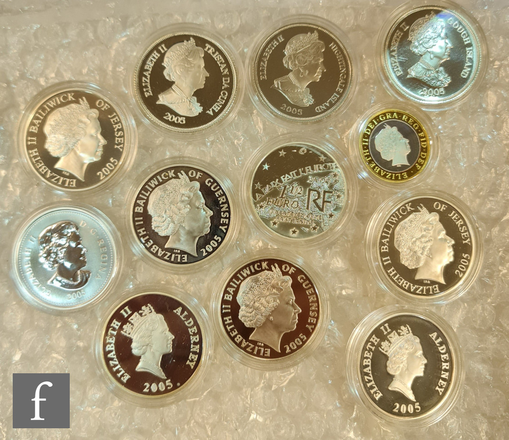 Various Elizabeth II Guernsey, Jersey and silver proof commemorative coins including a 2005 two