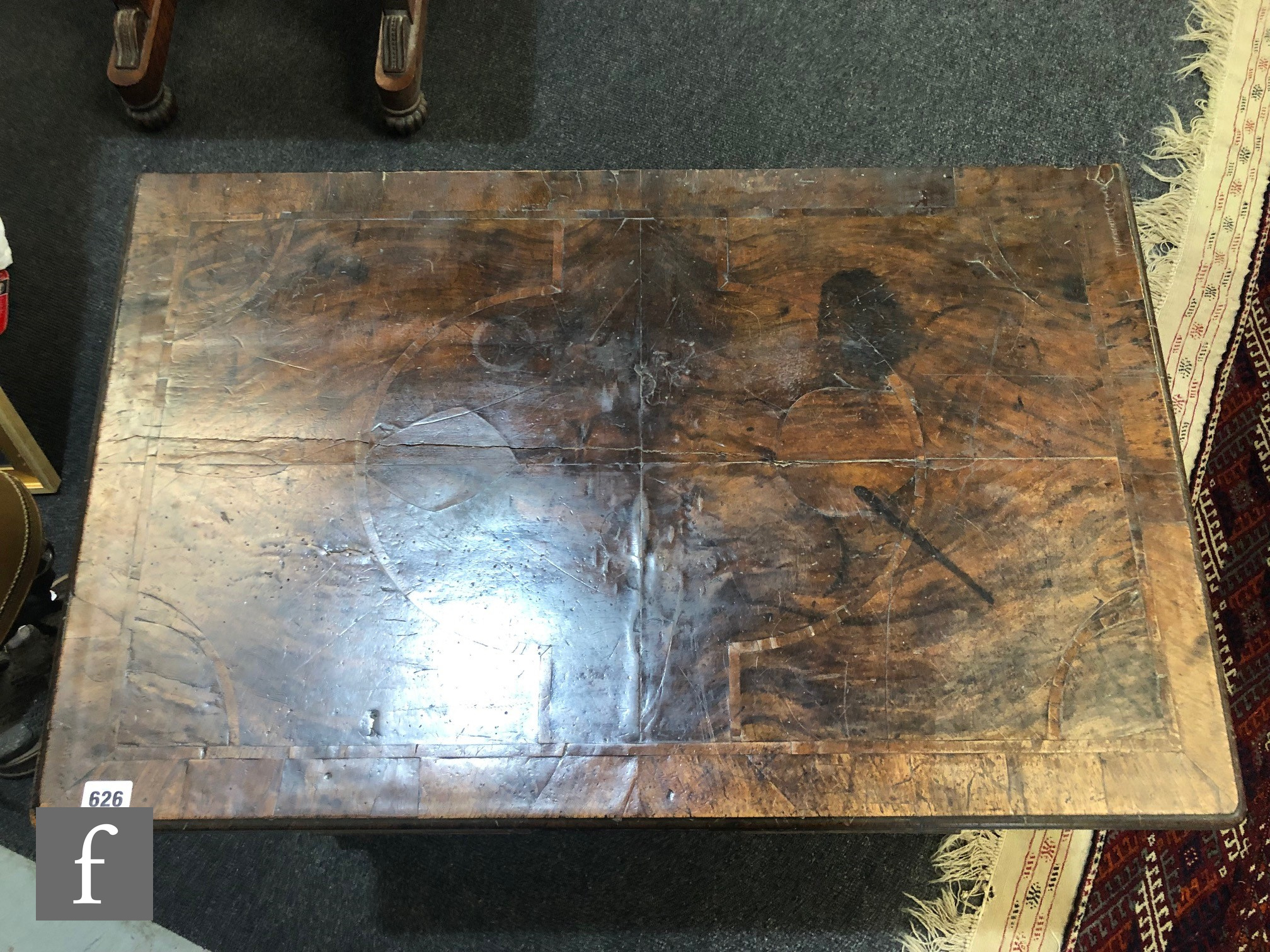 An 18th Century crossbanded and inlaid kneehole writing desk, the quartered and detailed inlaid - Image 3 of 17