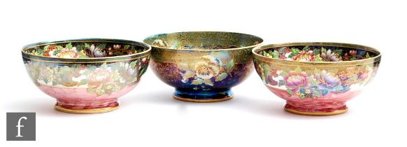 Three 1930s / 1940s Maling footed bowls comprising two decorated in the 6151 Floral Border Rose