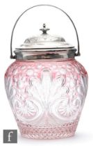Stevens and Williams - An early 20th Century Stourbridge crystal biscuit barrel, the ovoid body