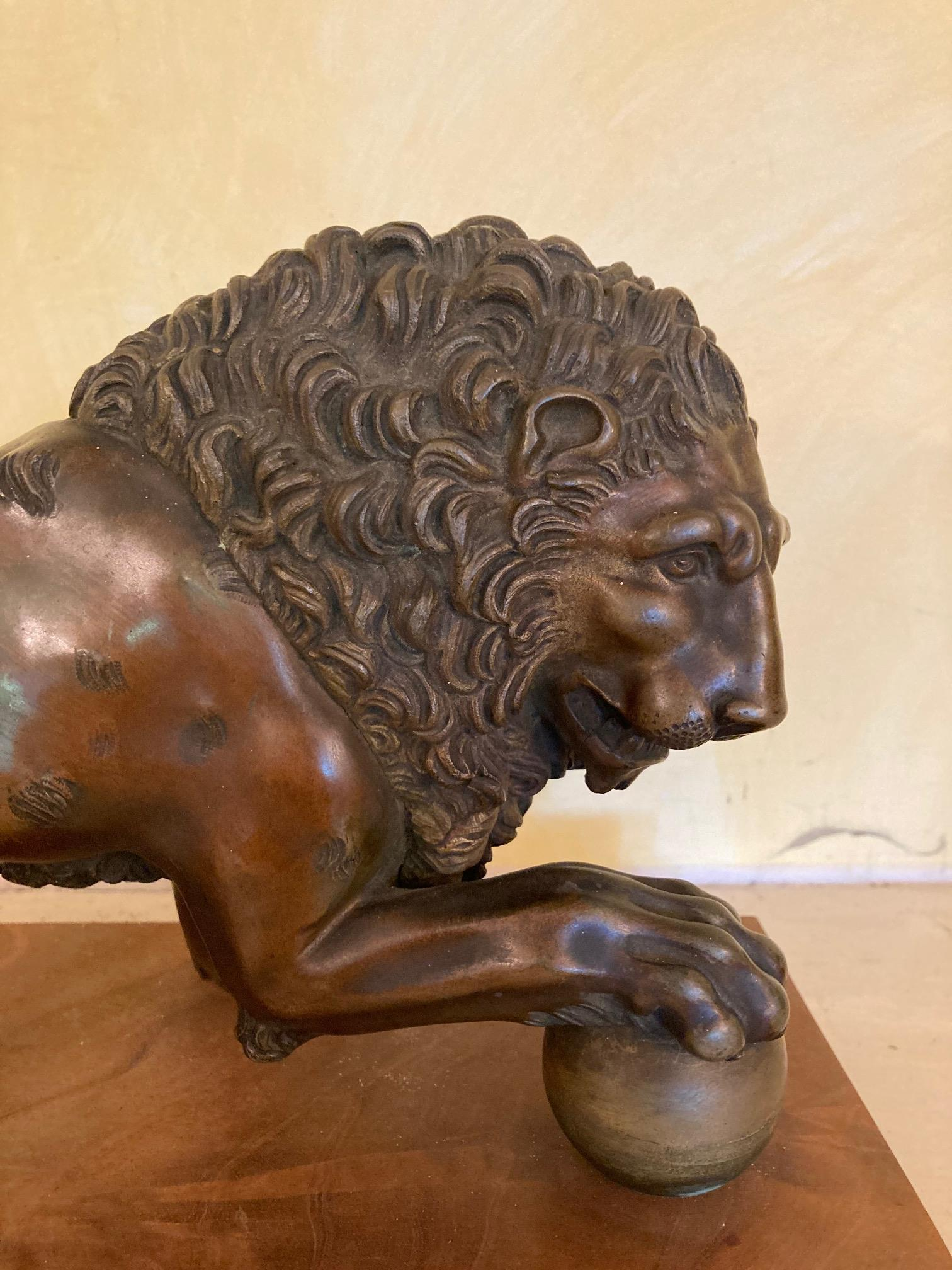 A bronze Figure of a Medici Lion, with right front paw on a sphere, on bronze and wooden base, - Image 5 of 6