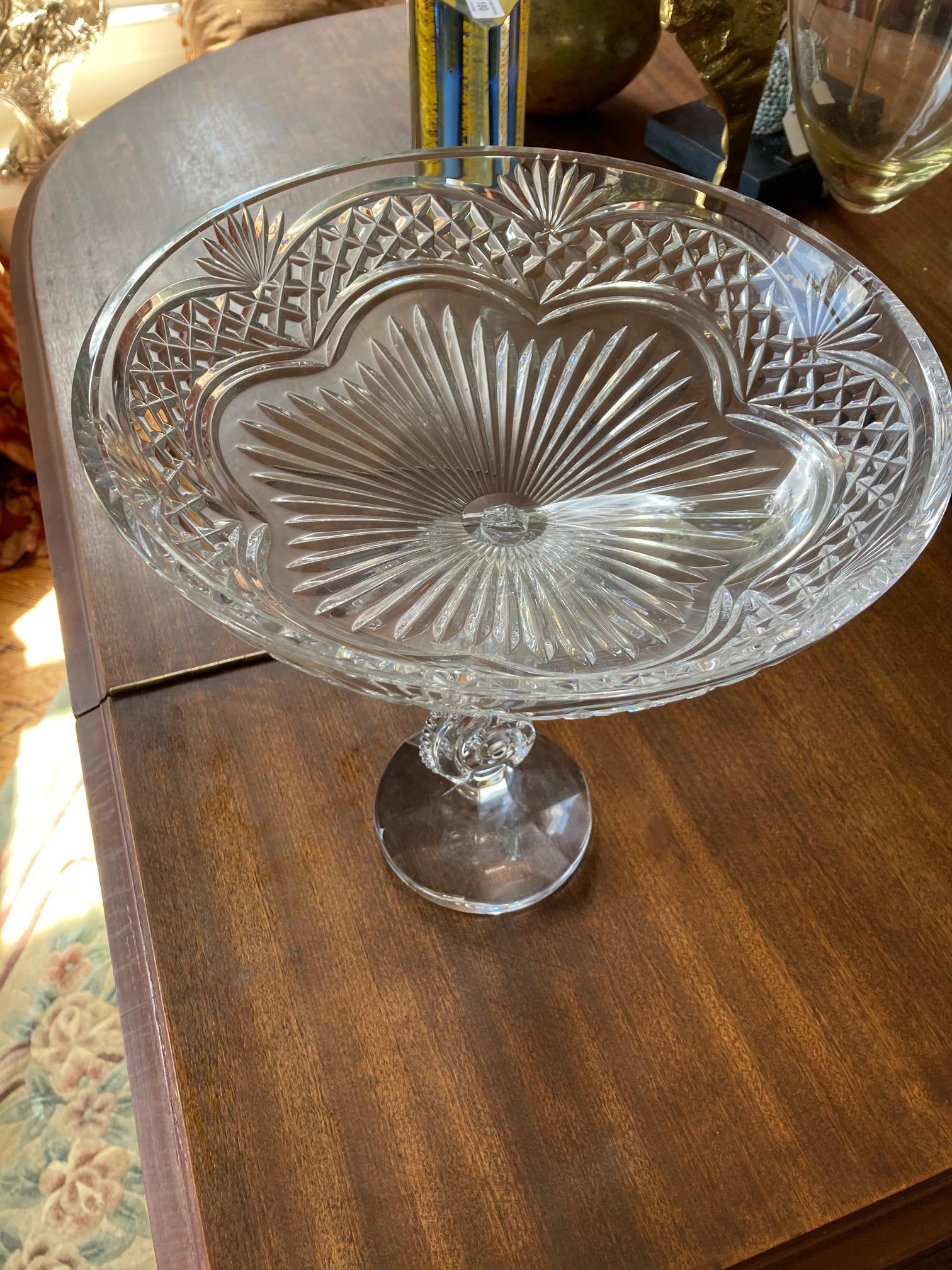 A fine Waterford crystal Fruit Comport, on circular sea-horse stem 12'' x 11'' (30cms x 28cms). (1) - Image 3 of 6