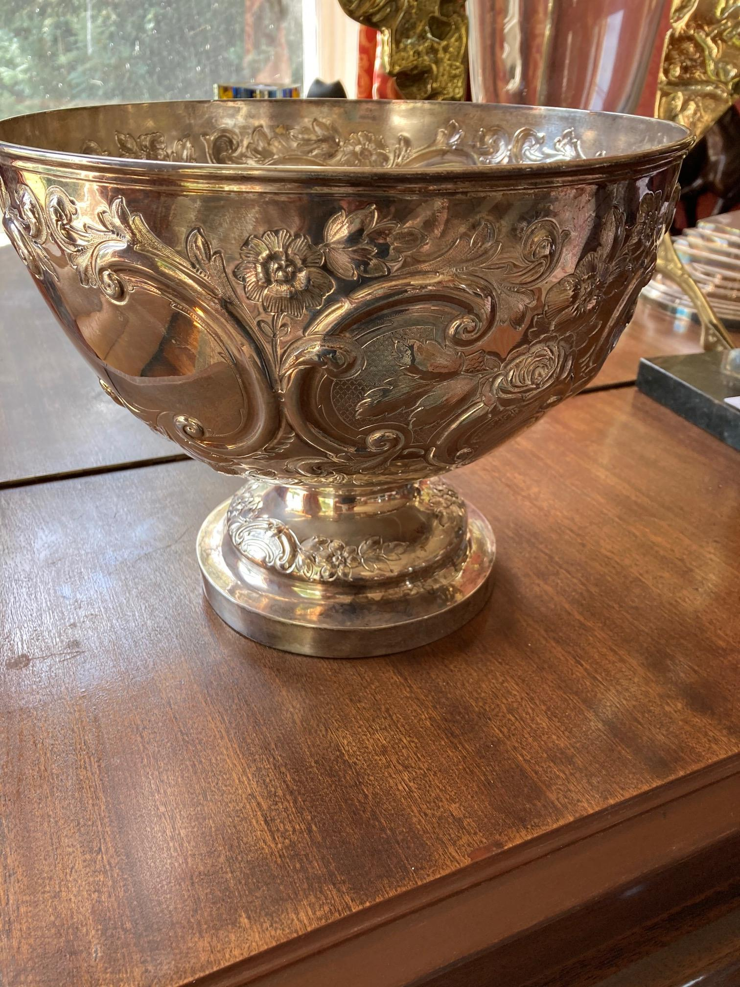 A large embossed Victorian silver Punch Bowl, London 1887, by Messrs Barnard, chased with scrolls - Image 5 of 6