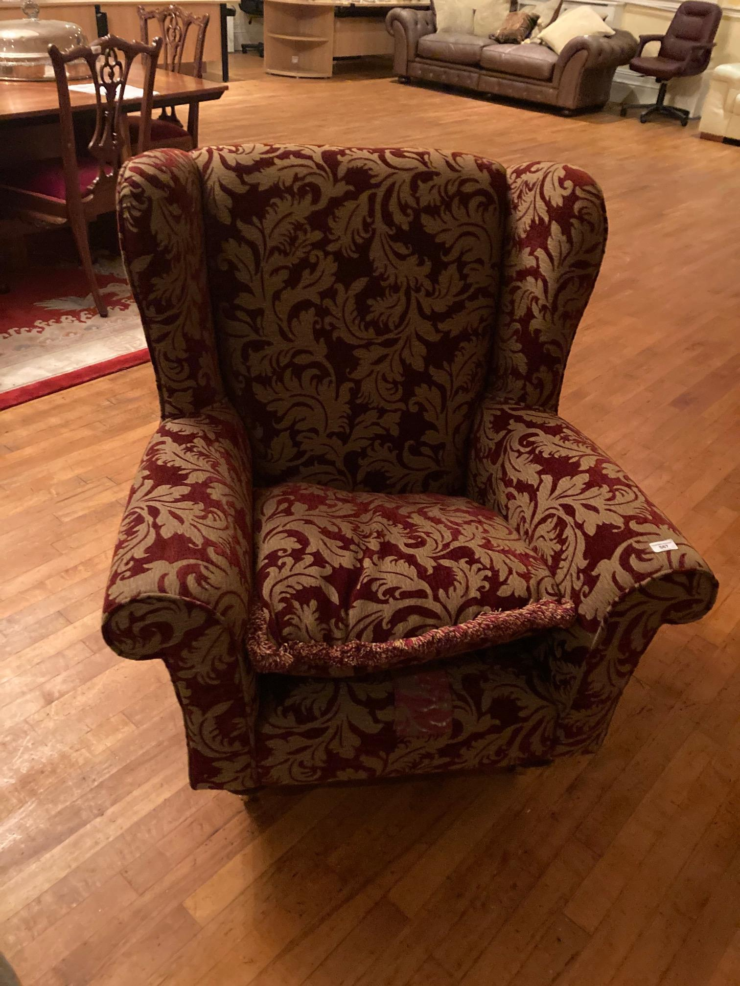 A very good modern Suite of Seat Furniture, comprising a four seater double cushion Settee with - Image 4 of 6
